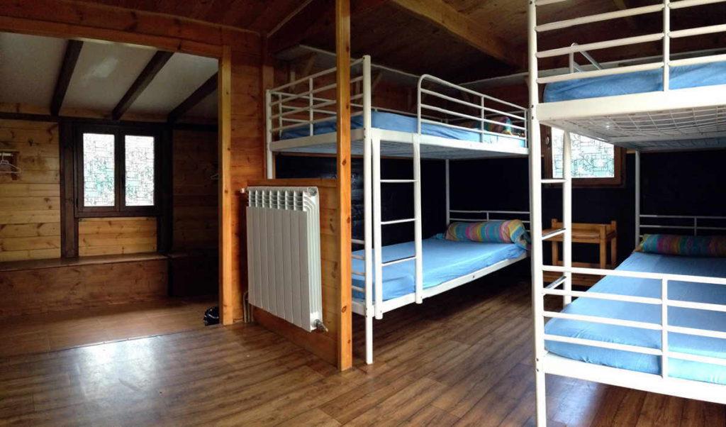 dormitorio en cabaña