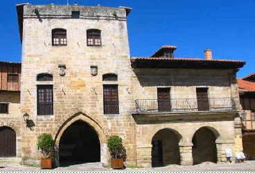 Albergue_Paradiso_torre_don_borja_santillana_del_mar