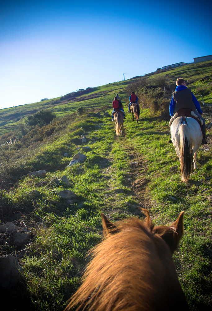 Rutas Y Paseos A Caballo Y Poni Suances Hinojedo Cantabria