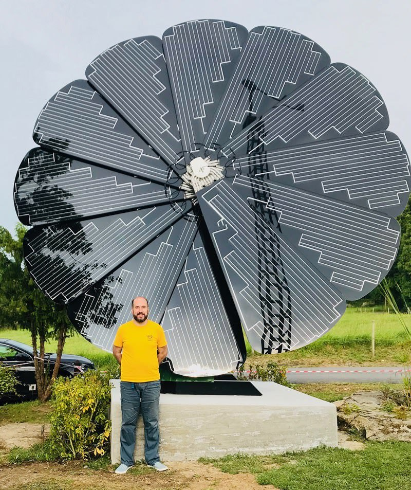 smartflower, proyecto de energías renovables del albergue paradiso